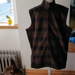 Men's plaid vest
